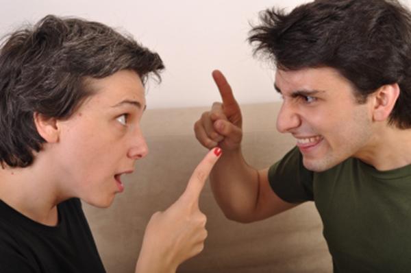 האם קשר בין אחים משפיע על הזוגיות?